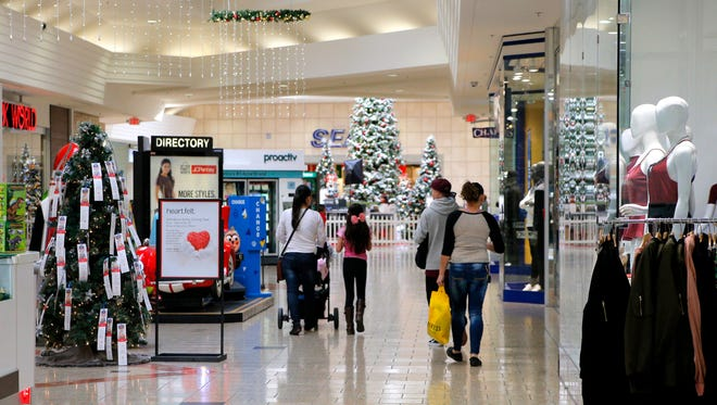 Shoppers are reminded take precautions to be safe while out shopping this holiday season.