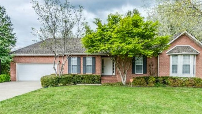 This house, at 1743 Kensington Drive in Murfreesboro, was built in 1997 and has 2,121 square feet.