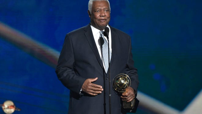"Oscar ""The Big O"" Robertson accepts the lifetime achievement award at the NBA Awards on Monday, June 25, 2018, at the Barker Hangar in Santa Monica, Calif. (Photo by Chris Pizzello/Invision/AP)"