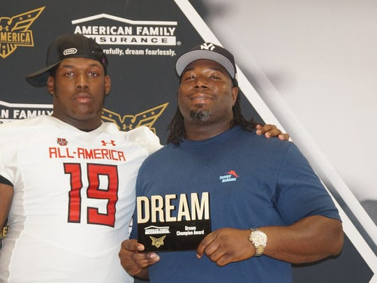 Florida defensive tackle Jaquaze Sorrells, left, is considering Penn State before National Signing Day on Feb. 6. South Carolina may be the Lions' toughest competition.