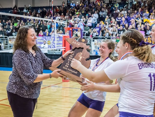 Bronson Volleyball Wins State 29