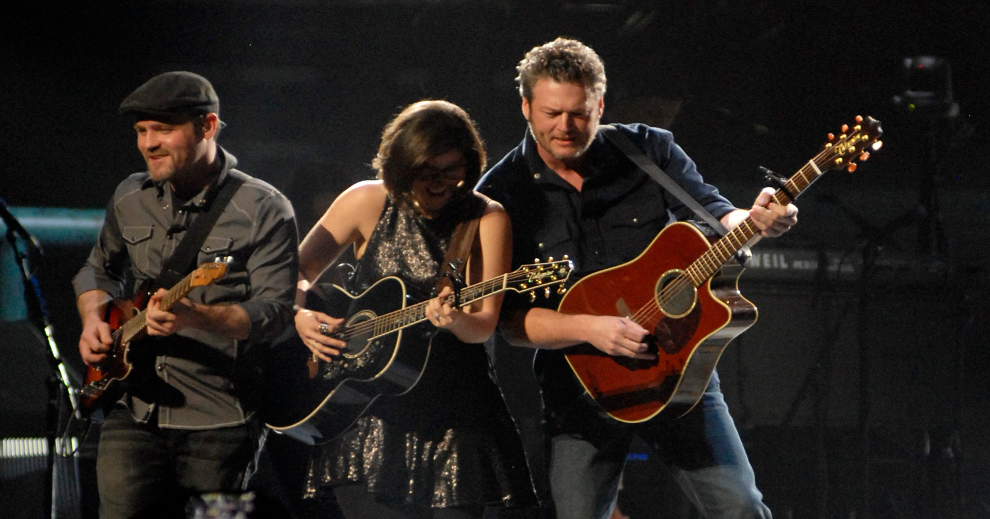Blake Shelton Delivers Solid Show At Yum Center