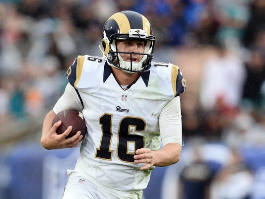 USP NFL: MIAMI DOLPHINS AT LOS ANGELES RAMS S FBN USA CA