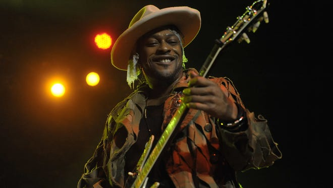 D'Angelo performs Saturday night at Royal Oak Music Theatre.