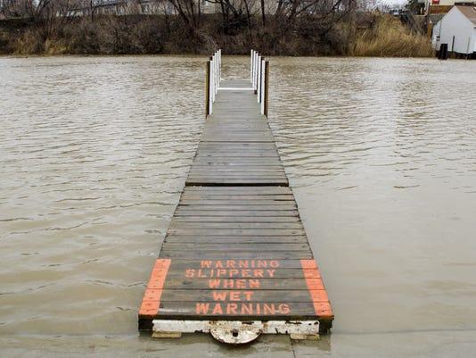 PTH0330 BLACK RIVER FLOOD WATCH
