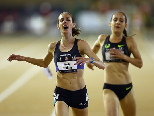 Elmira native Molly Huddle runs to a win in the women's