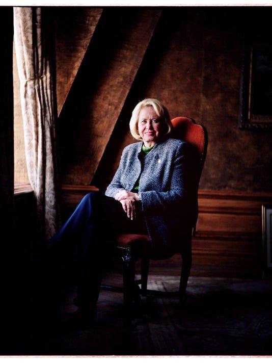 Liz Smith diesat 94