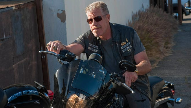 "Ron Perlman of ""Sons of Anarchy"" is set to attend Motor City Comic Con."