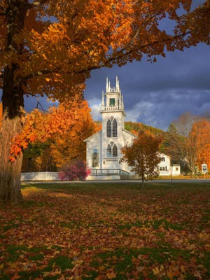 Fall colors in Wells