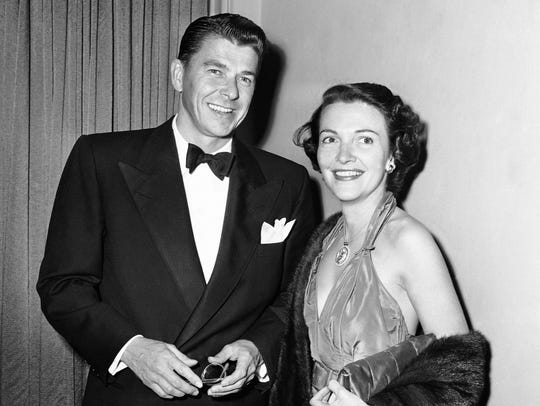 Ronald Reagan and Nancy Davis arrive for the Screen