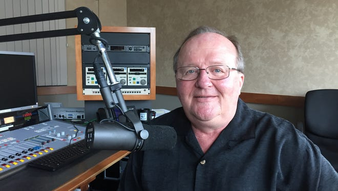 "WLHK-FM (97.1) afternoon host JD Cannon has won ""large market personality of the year"" awards from both the Country Music Association and the Academy of Country Music."