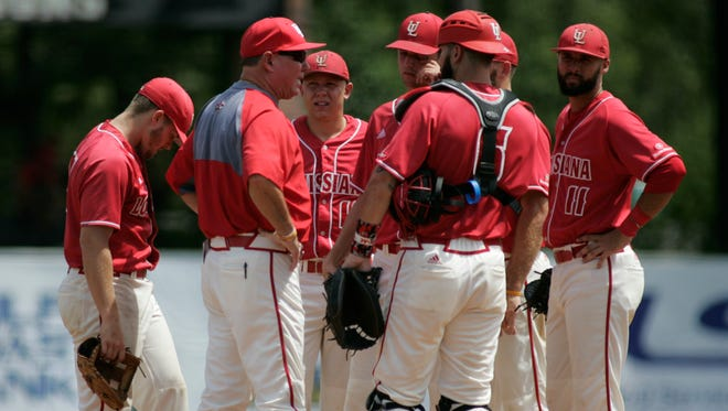 UL coach Tony Robichaux talks to pitcher Gunner Leger and other Cajuns during an NCAA Tournament win over Arizona last season. UL is ranked as high as 13th in the 2017 preseason.