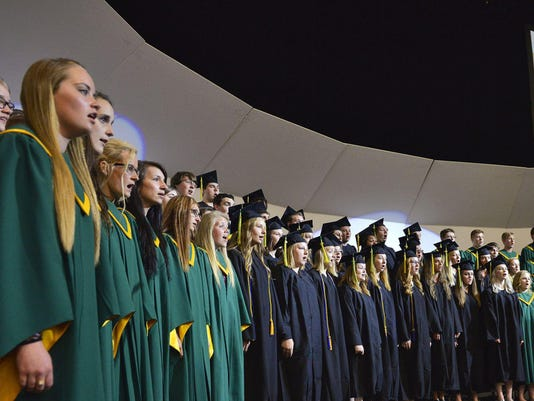 635682800757563795-SR-Graduation-13