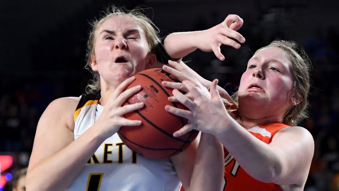 Greenfield's Kinleigh Harris and Pickett County's Courtney Pritchett battle for possession of the ball during the 2018 Class A quarterfinals, Wednesday, March 7, in Murfreesboro.