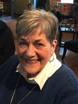 Lois Joan Reynolds, 82