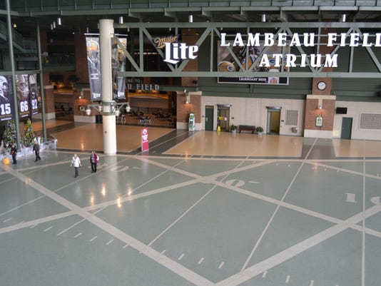 -GPG Lambeau Field Atrium November 2014 photo.jpg_20141120.jpg