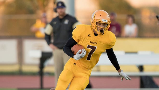Jayru Campbell in action for Garden City Community College.