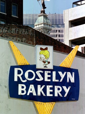 The former Roselyn Bakery at Pennsylvania and Washington.