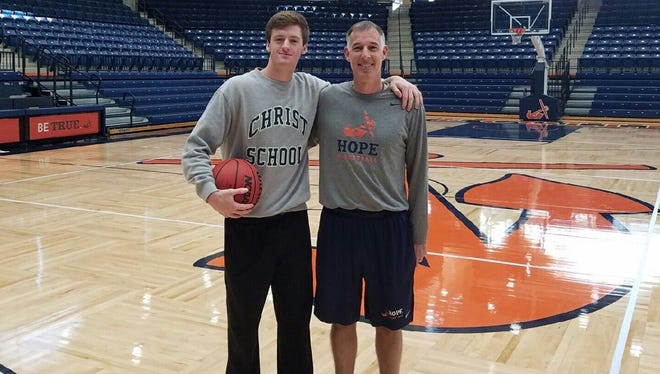 Christ School senior Coleman High has committed to play college basketball for Hope (Mich.).
