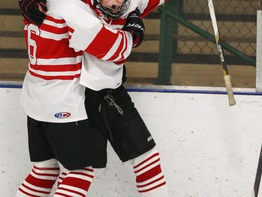 jg012114hockey1.jpg