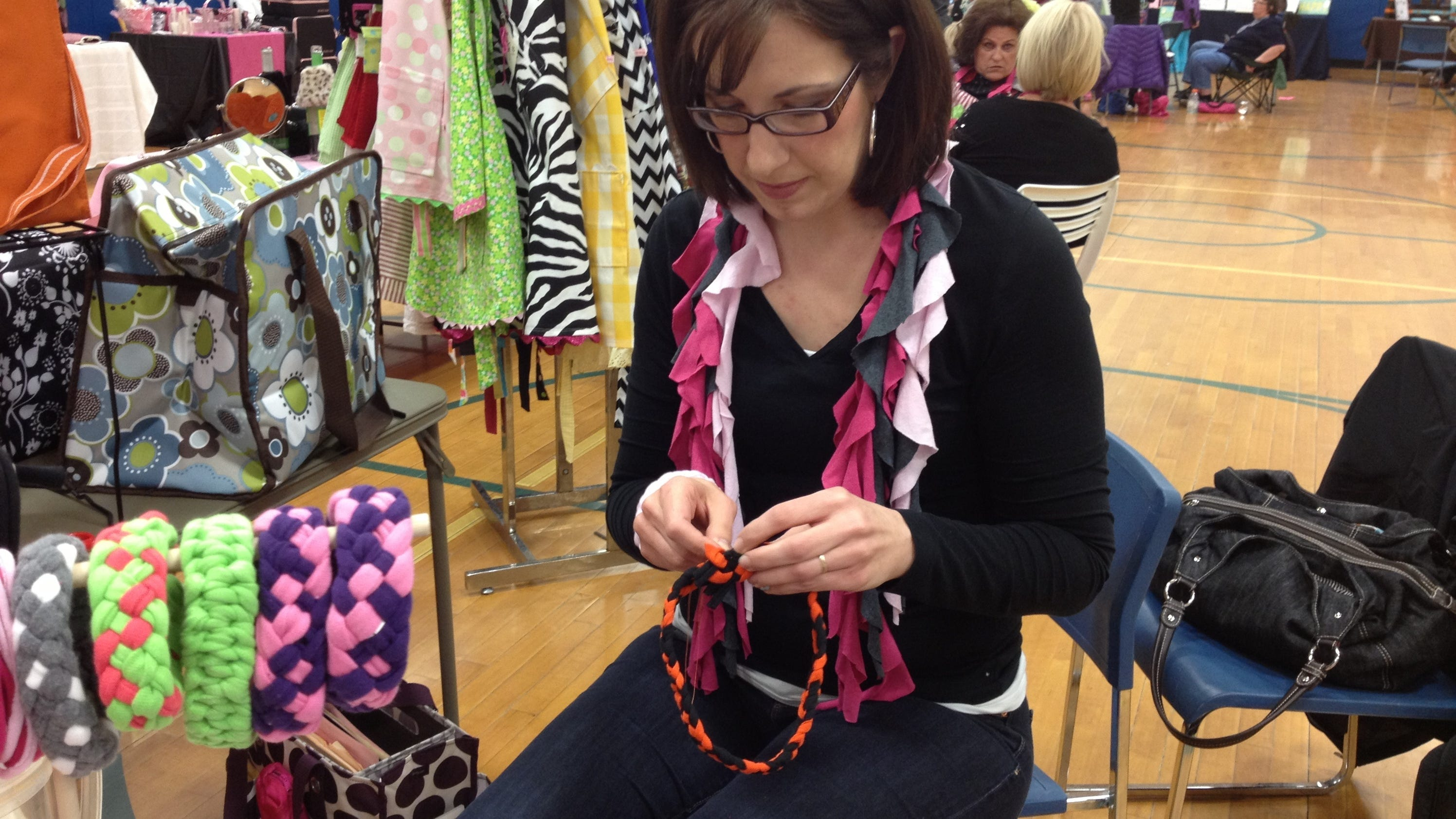 Craft fairs offer unique gifts experiences for Craft shows in cincinnati
