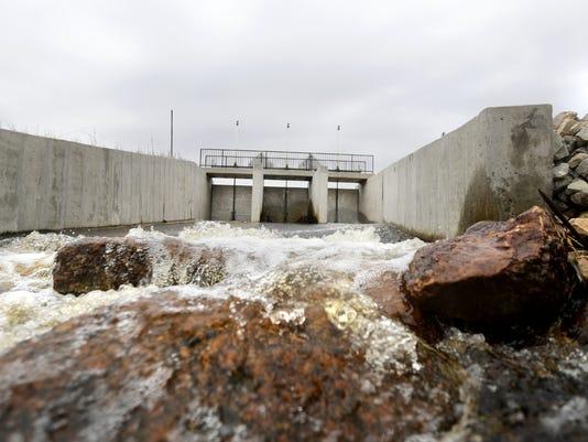 636294297169614166-APC-New-Dam-Ogdensburg-2-041417-wag.jpg