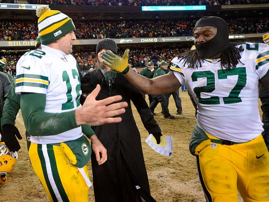 MAIN OSH 0902 Packers.jpg