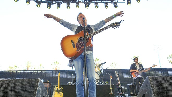 Apr 30, 2017; Indio, CA, USA; Kiefer Sutherland performs during the Stagecoach Country Music Festival at Empire Polo Club. Mandatory Credit: Jay Calderon/The Desert Sun via USA TODAY NETWORK