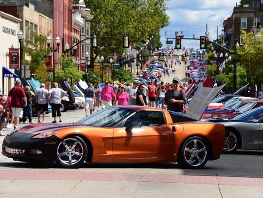 01 LAN Corvette Show 0907