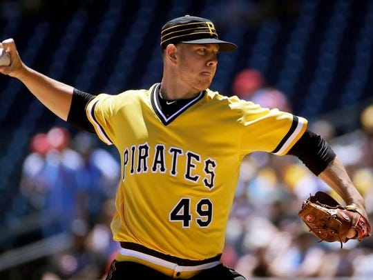 Pittsburgh Pirates starting pitcher Nick Kingham delivers