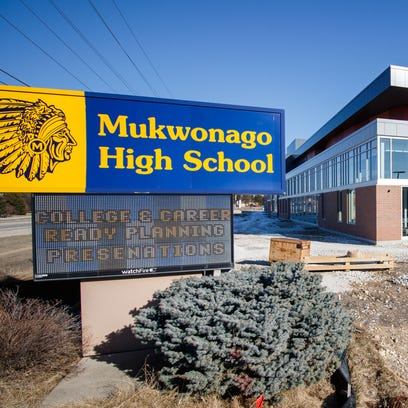 Gun violence jitters prompt reassuring note from principal and an increase in police at Mukwonago High School