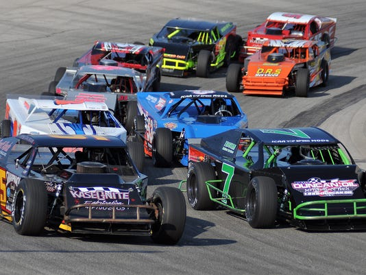 Racing at Spitzer Motor Speedway