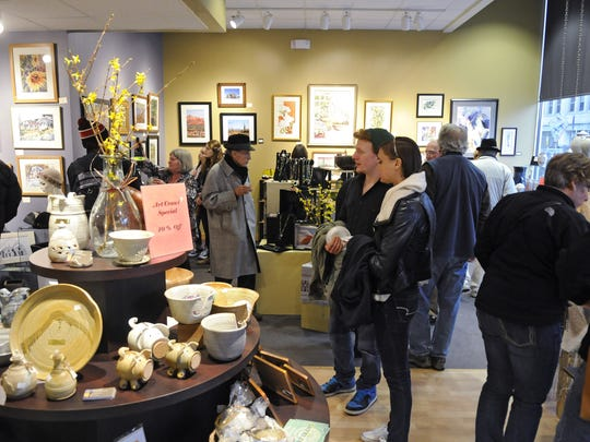 Paramount Gallery and Gifts was filled with shoppers
