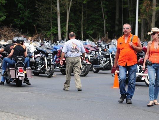 Bikers pile in at at Bikers for Trump rally in Whaleyville