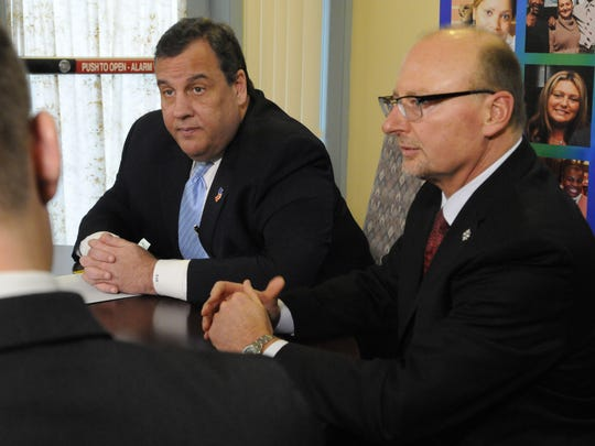 Gov. Chris Christie led a roundtable discussion with Integrity House President Robert Budsock on Tuesday.