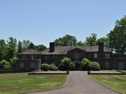 The-Euginia-Williams-House---4848-Lyons-View-Pike.JPG