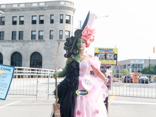 Salon PiZazz hosted its ninth annual Mannequins Making