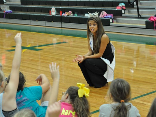 Miss Louisiana Laryssa Bonacquisti visits a dance clinic for young girls in Alexandria Saturday, less than a week after her seventh-place finish at the Miss America competition.