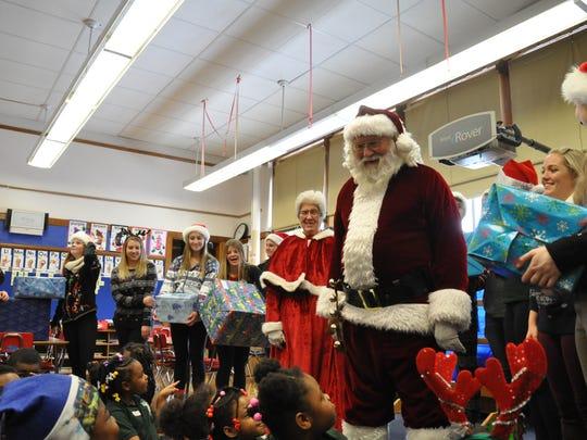 Santa and Mrs. Claus (aka Bob and Gina Magnus) and