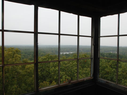 The firetower at Lincoln State Park offers a treetop