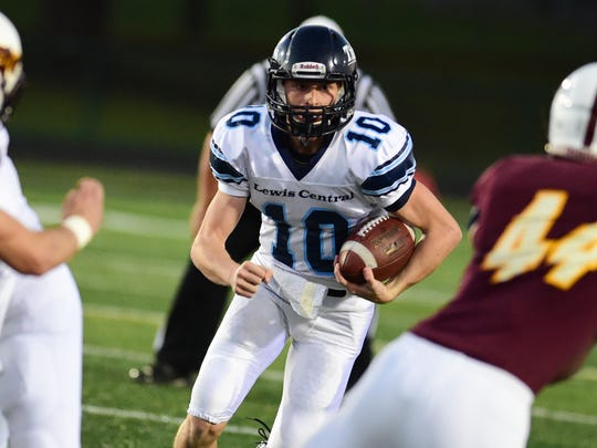 Lewis Central quarterback Max Duggan is considered the top QB prospect from Iowa in the last decade.