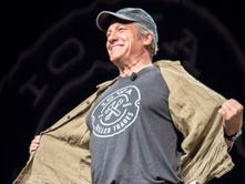 Mike Rowe, of 'Dirty Jobs,' came to Des Moines and loved it