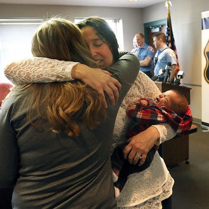 Couple praises Waukesha police, EMS who helped them deliver baby at home