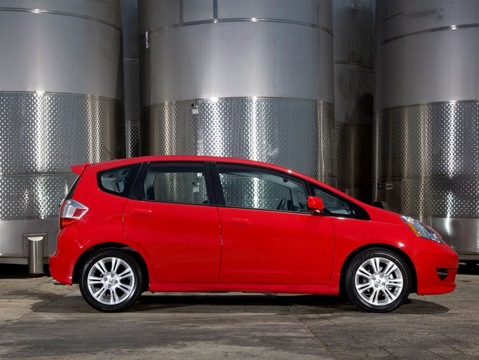 Honda's 2011 Fit is the most-dependable sub-compact car among three-year-old vehicles, J.D. Power data show.Power found that three-year-old vehicles surveyed this year had 6% more problems than the 2010 three-year-old models sampled last year. First time since 1998 quality's gone down, Power says.