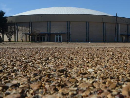 ANI Bringhurst Field ANI Coliseum Parking lot Rapides Parish Coliseum parking lot Wednesday, Jan. 28, 2015.-Melinda Martinez/mmartinez@thetowntalk.com The Town Talk Gannett