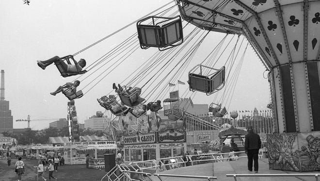 Carnival rides at Riverfest, Sept. 3, 1988.