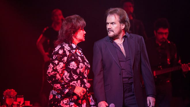 Lucia and Joaquin Galan, known as Pimpinela, perform in Phoenix at the Celebrity Theatre on Friday, Aug. 15.