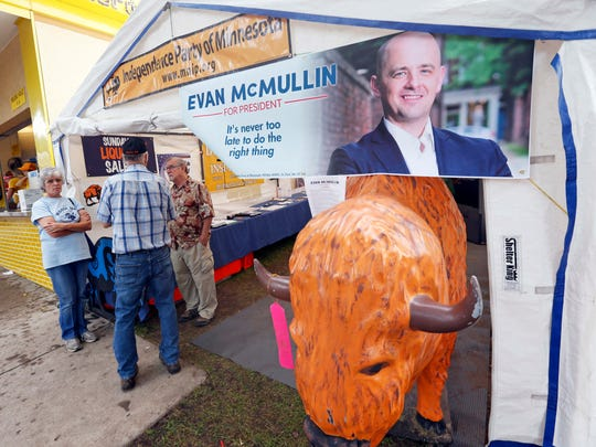 Fair goers check out Minnesota's Independence Party