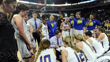 Aaron Johnston becomes Summit League's winningest coach in South Dakota State rout of Western Illinois
