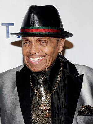 Joseph Jackson, the father of music superstars Michael and Janet Jackson, has died at 89.